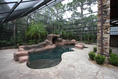Pool Enclosures Lakeland FL: A Surprise Solution for Cold Weather?