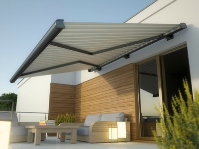 Beat the Heat with Lakeland Awnings for Your Home