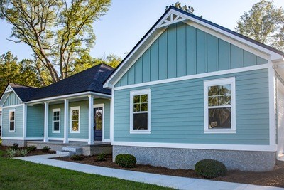 Can a Vinyl Siding Contractor Make Your Home More Energy Efficient?